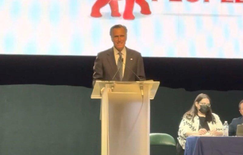 Mitt Romney Heavily Booed at Utah Republican Convention