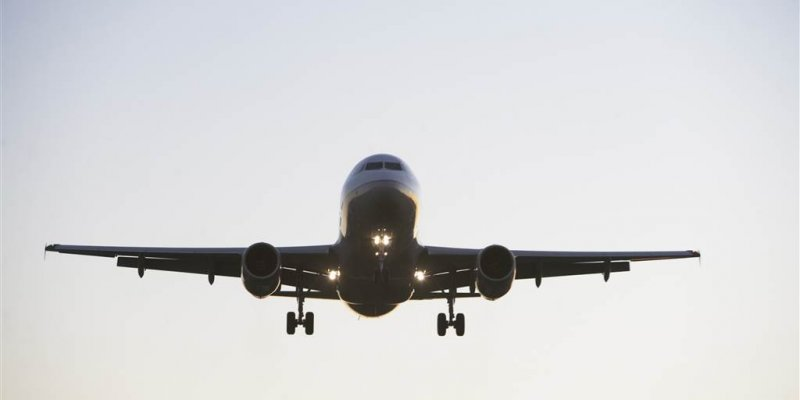 FAA warns of spike in unruly, dangerous passenger behavior
