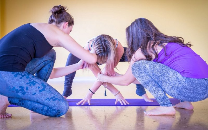 Alabama Will Now Allow Yoga In Its Public Schools (But Students Can't Say 'Namaste')