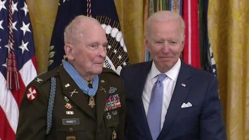 Biden awards Medal of Honor to Korean War veteran