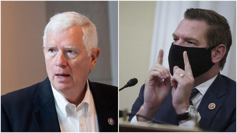 Eric Swalwell says he's hired a private investigator to find Mo Brooks and serve lawsuit