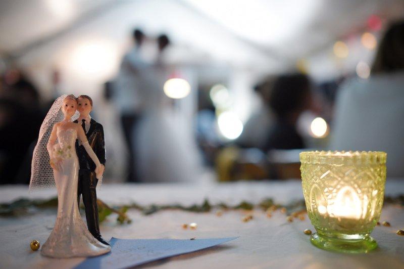 Groom Dies At Wedding Altar in Front of Horrified Bride
