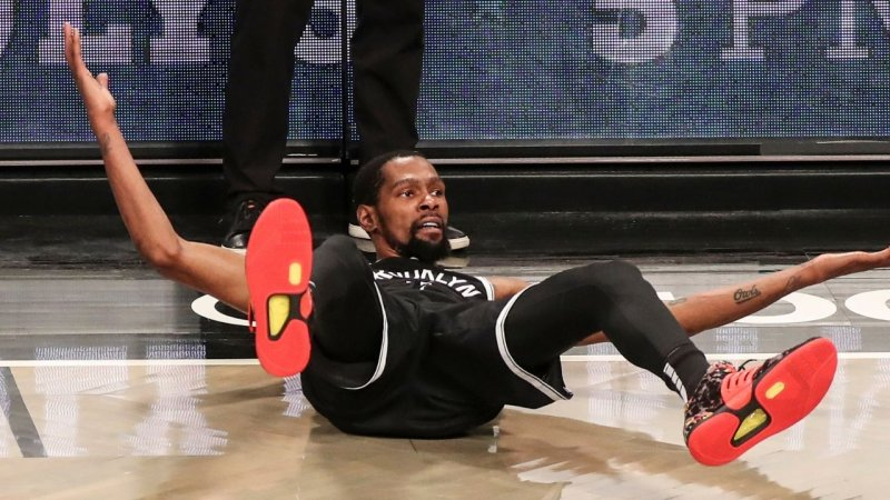 """""""Kevin Durant smokes even more weed than you'd think!"""": NBA Insider rats out Nets star in wake of Sha'Carri Richardson's marijuana ban   The SportsRush"""
