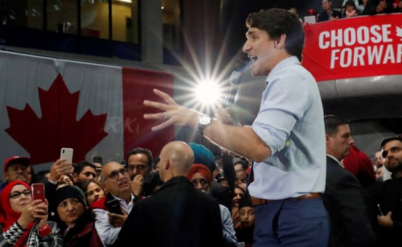 Trudeau denies it, but signs point to early election in Canada