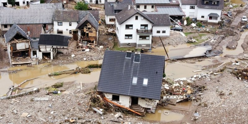 Dozens dead, more than 1,000 may be missing after floods in Germany