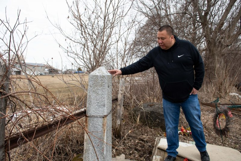 Treatment of tribes varies at the US-Canadian border - Indian Country Today