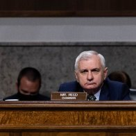 Senate Democrats propose requiring women to register for military draft