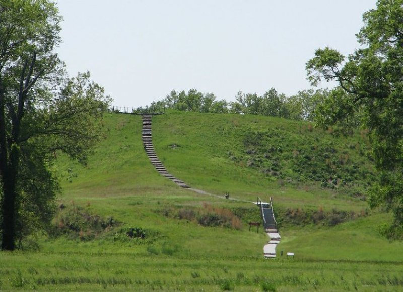 Louisiana's Poverty Point Earthworks Show Early Native Americans Were 'Incredible Engineers' |Smart News    | Smithsonian Magazine