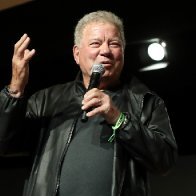 William Shatner jokes with crowd at New York Comic Con about space flight: 'I'm Captain Kirk and I'm terrified'