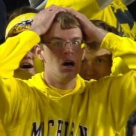 2D83FCD000000578-3282196-The_face_that_says_it_all_This_Michigan_fan_looked_horrified_as_-a-4_1445398510133.jpg