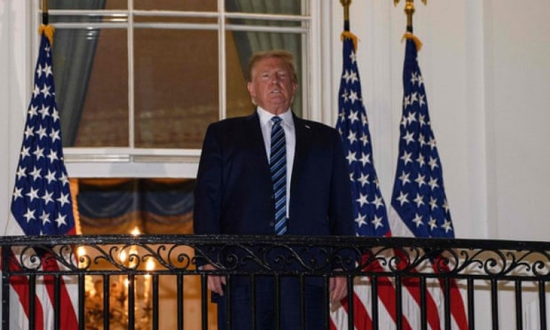 After Donald Trump's deranged balcony address, we're all gasping together