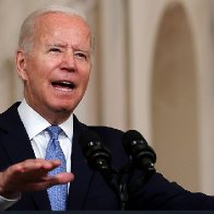 The press ever-so-politely turns on Biden, as troubles mount