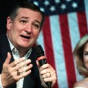 Cruz Asks DHS to Create Process for Collecting Donations to Migrants in U.S. Custody
