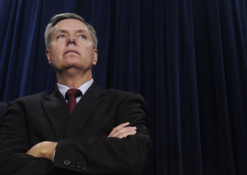 Graham mulls rule changes to start impeachment trial without articles