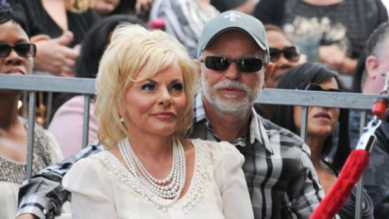 FDA warns televangelist Jim Bakker and six others to stop selling fraudulent coronavirus products