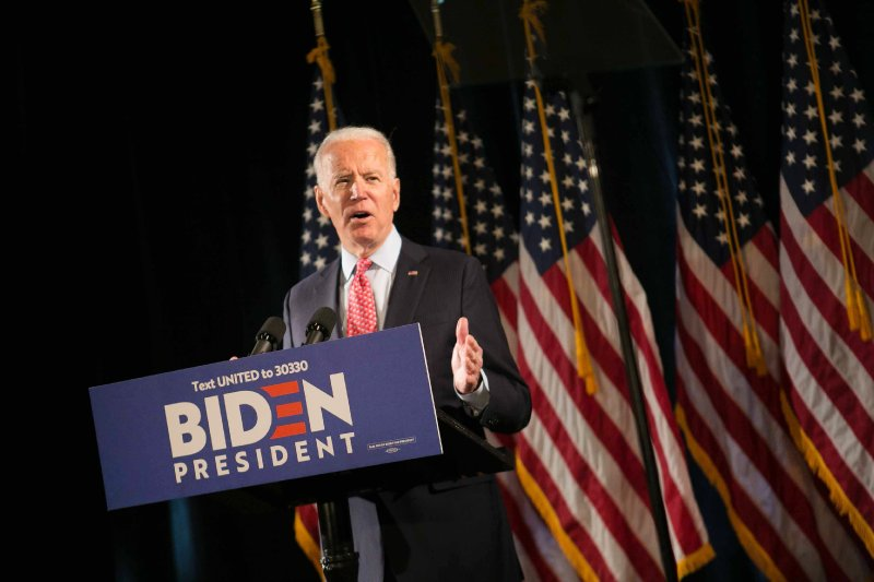 'Nothing can cover up how he failed': Biden rips Trump ahead of Phoenix visit